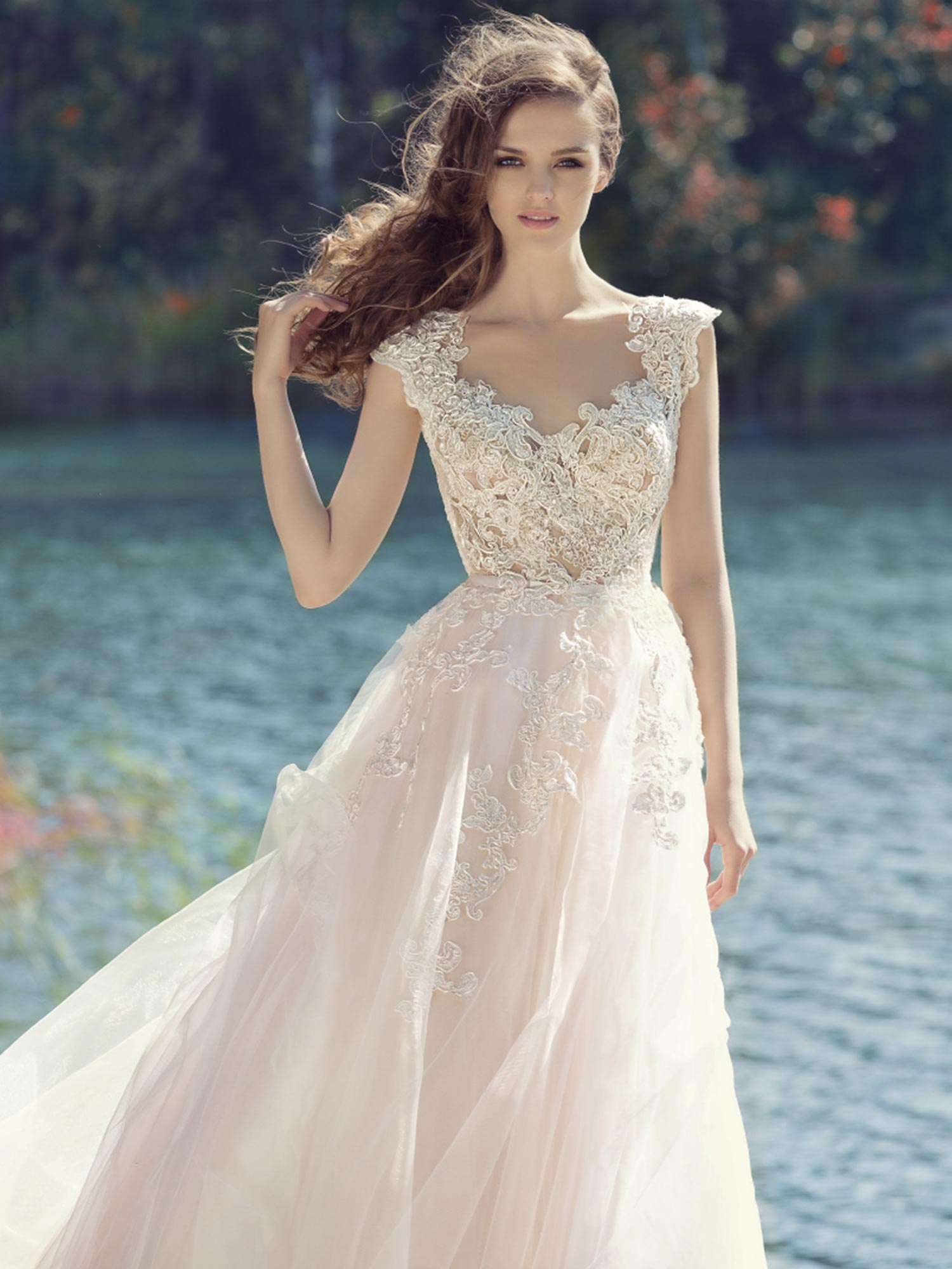 Lace Bodice Ball Gown Wedding Dress With Tulle Skirt